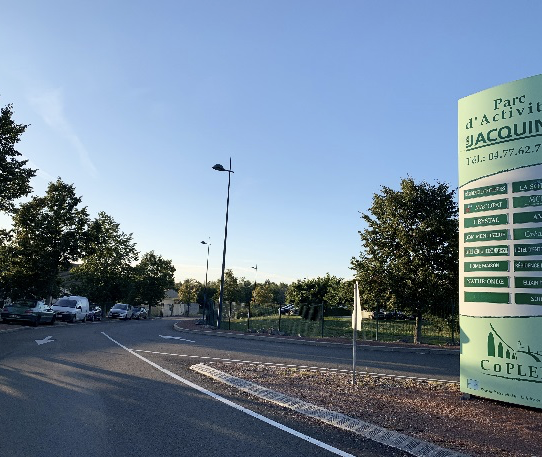 Zone d'Activités Les Jacquins – Neulise (42)
